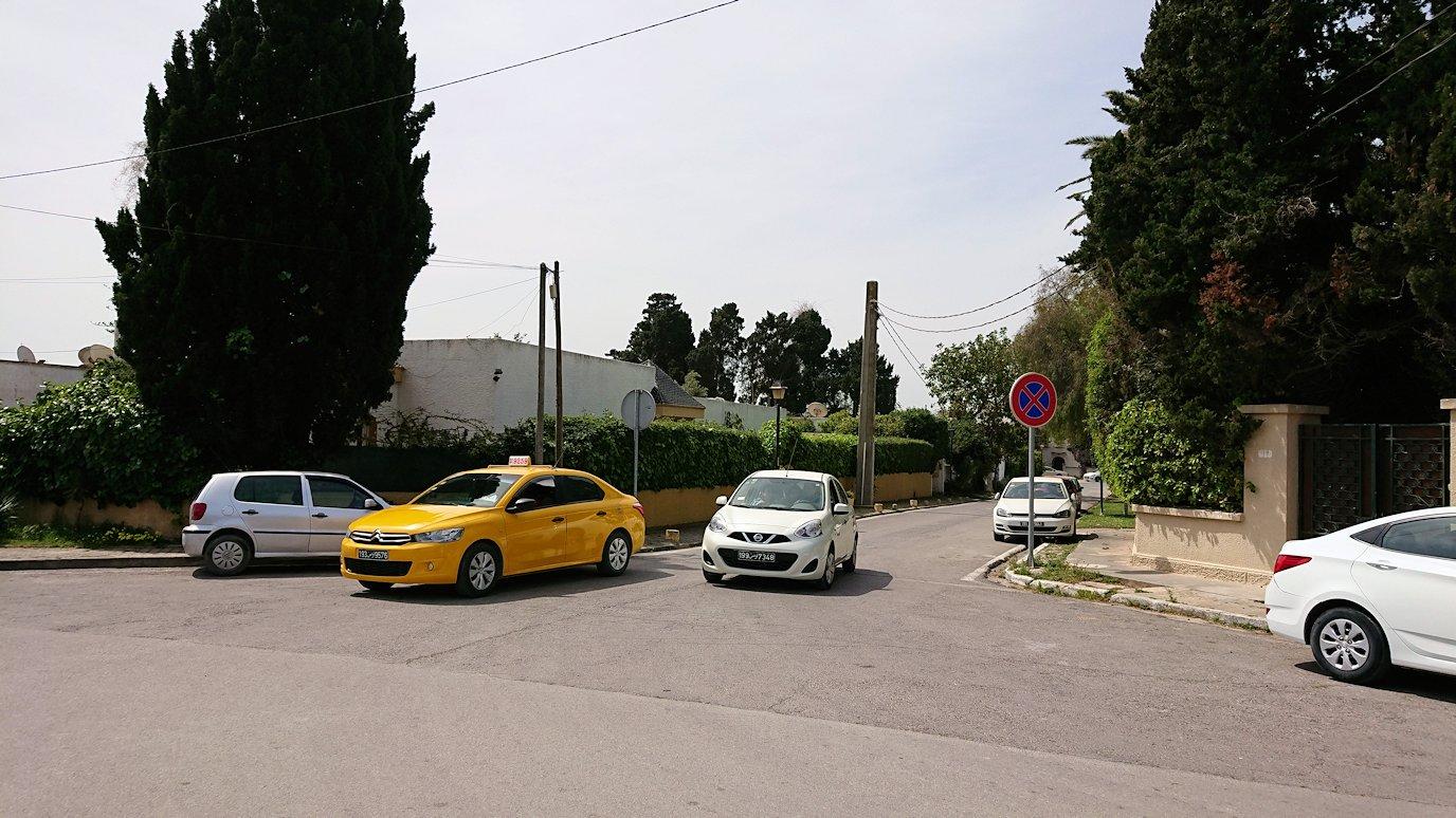 チュニジア:カルタゴ遺跡のアントニヌスの共同浴場内を終了し空港へ向かう
