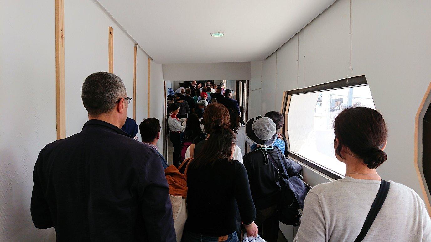 チュニジア:チュニス空港で出国の時間が迫る6
