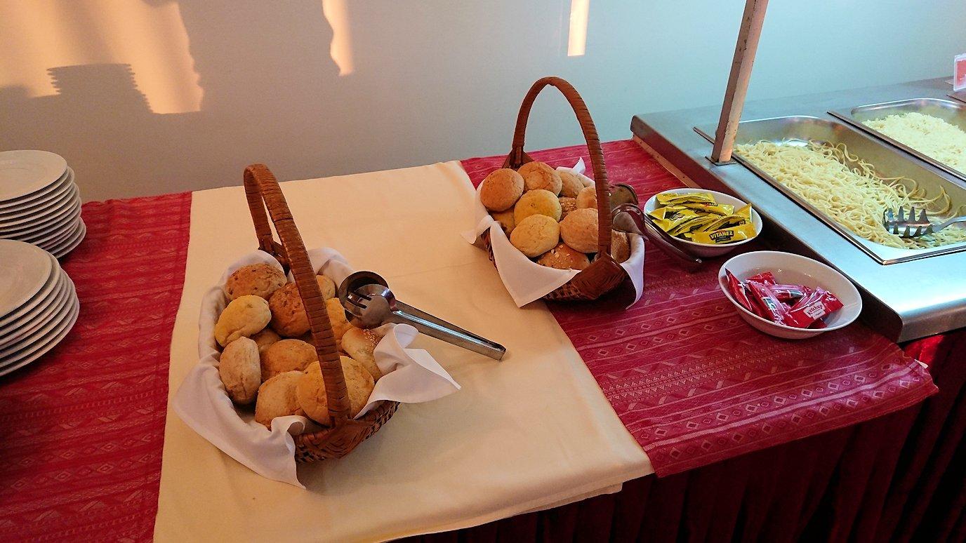 北マケドニアのオフリドにあるHotel Inex Gorica(ゴリツァ・イネックス)で夕食を食べる9