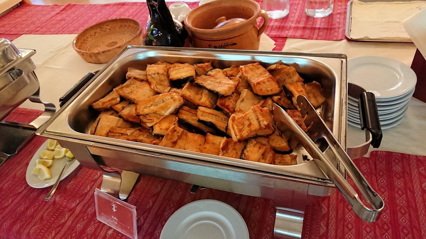 北マケドニアのオフリドにあるHotel Inex Gorica(ゴリツァ・イネックス)で晩飯を楽しんでその後晩酌を1