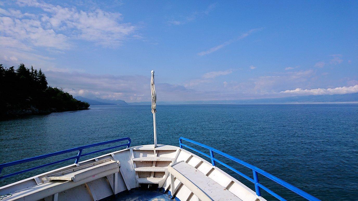 北マケドニアのオフリド湖でクルーズ!1