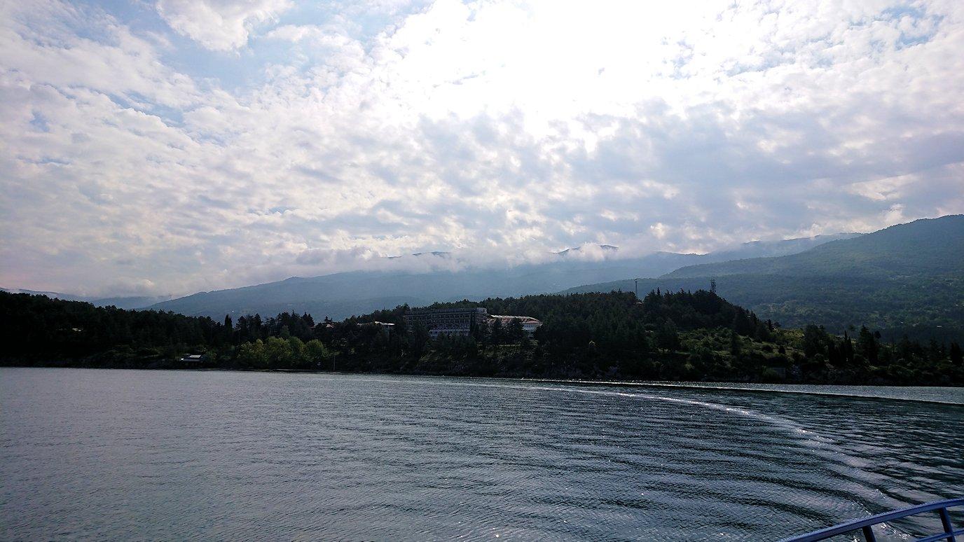 北マケドニアのオフリド湖でクルーズ!8+