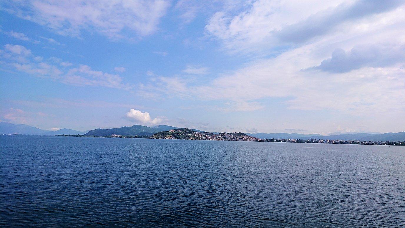 北マケドニアのオフリド湖クルーズを楽しむ2