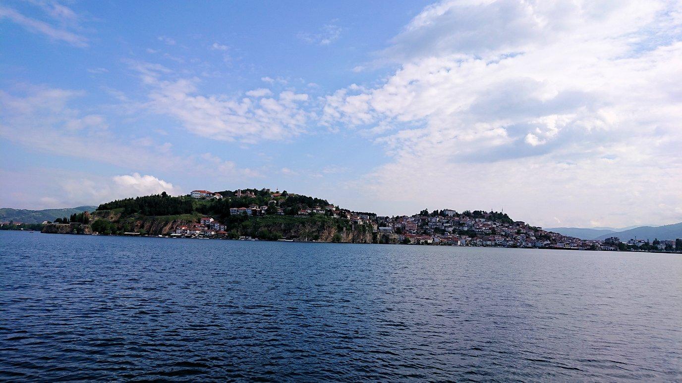 北マケドニアのオフリド湖クルーズを楽しむ5