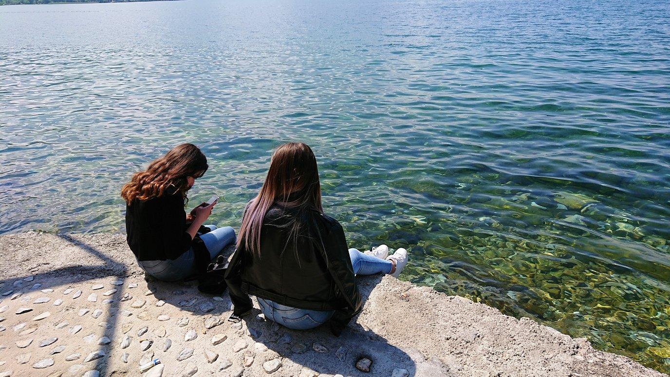 北マケドニアのオフリドで湖岸沿いを散策1