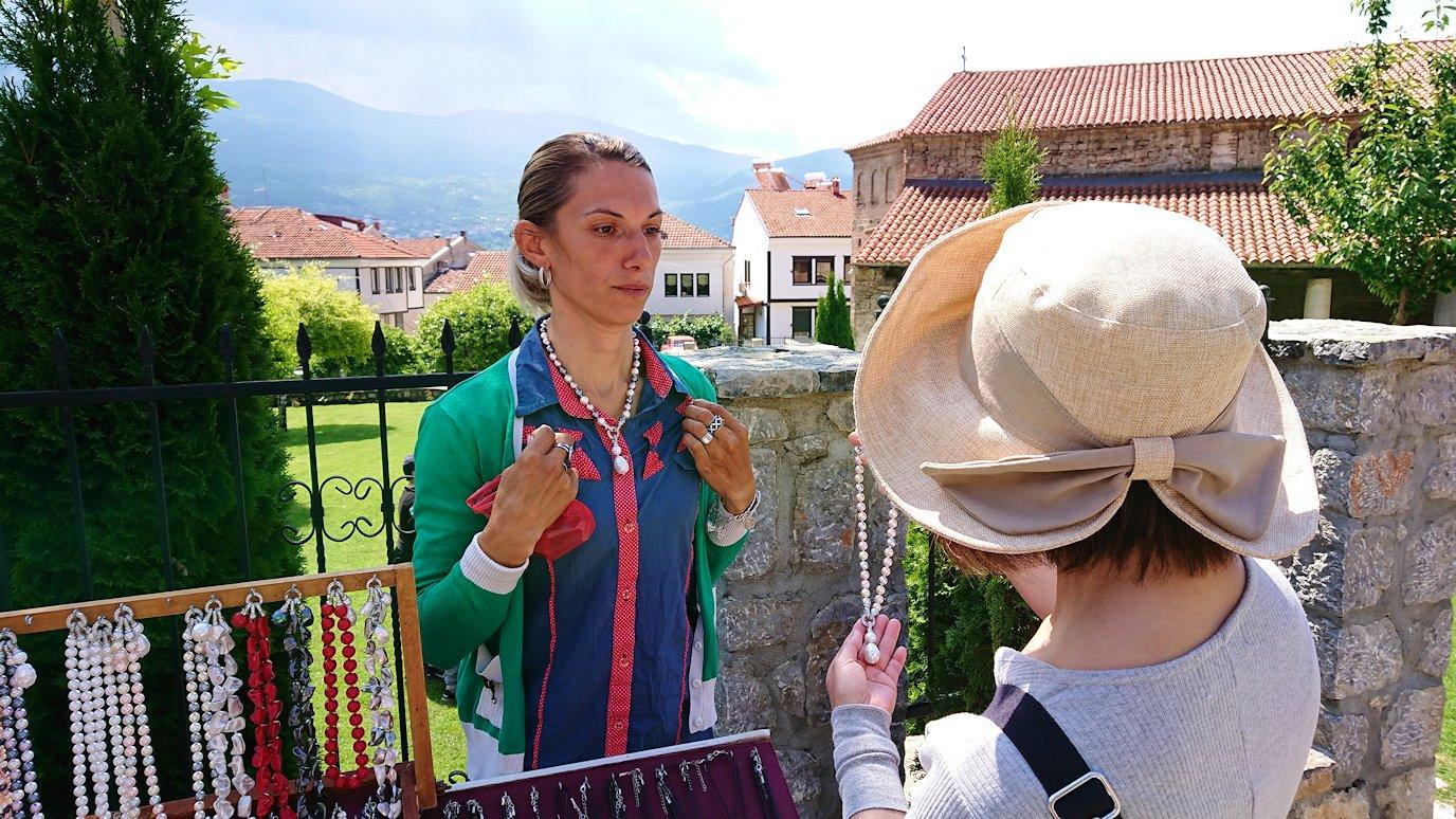 北マケドニアのオフリドで再び聖ソフィア教会を見学後に昼食まで時間を潰す7