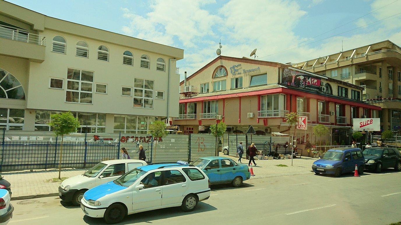 北マケドニアのオフリドでバスに乗る6