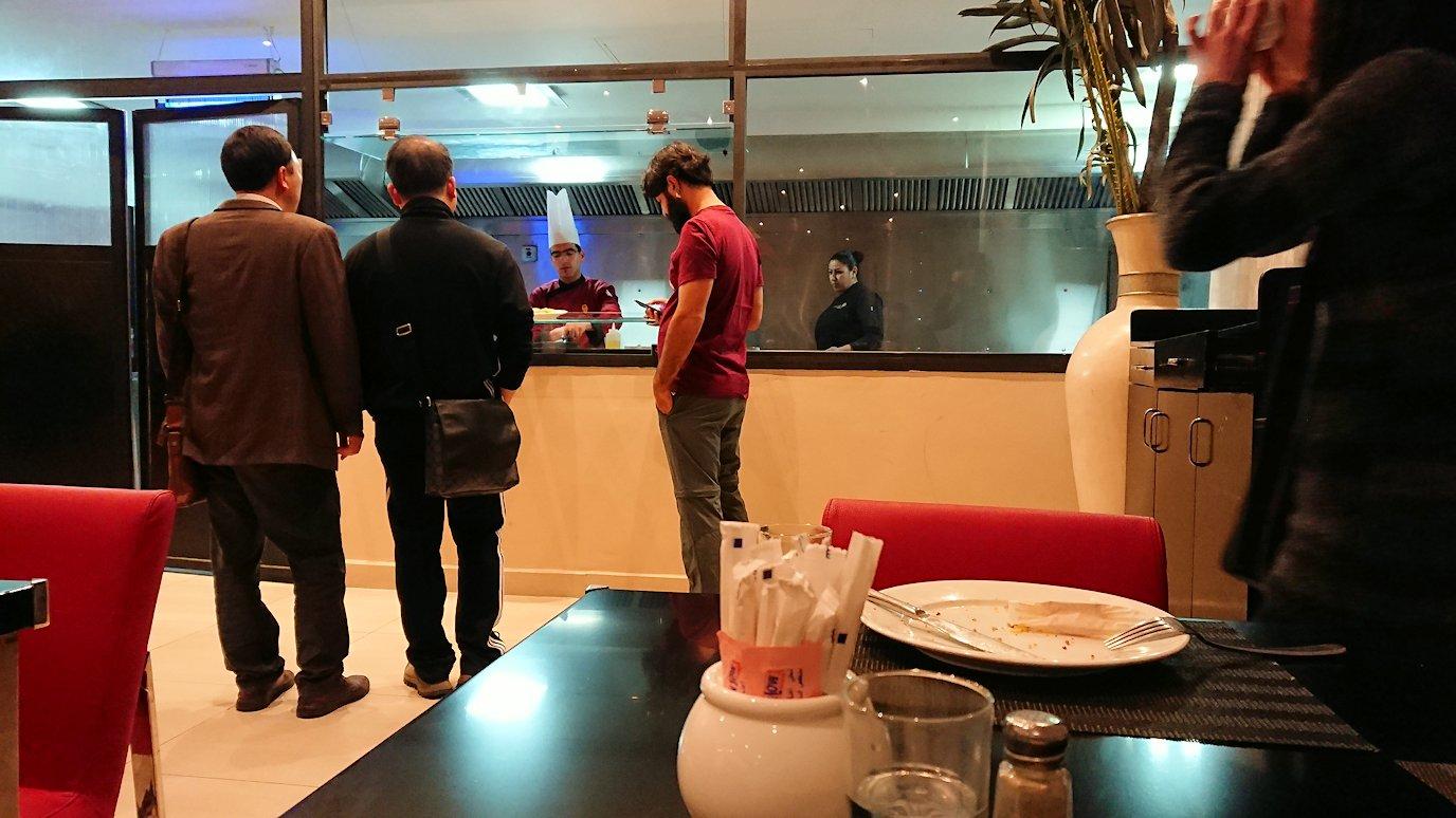 マラケシュのアダムパークホテルにて朝食バイキングで朝食を食べますよ6