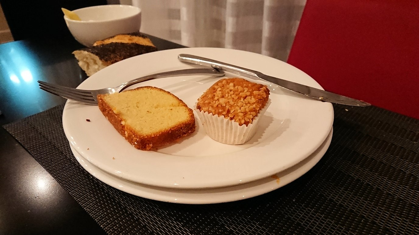 マラケシュのアダムパークホテルにて朝食バイキングで朝食を食べますよ7