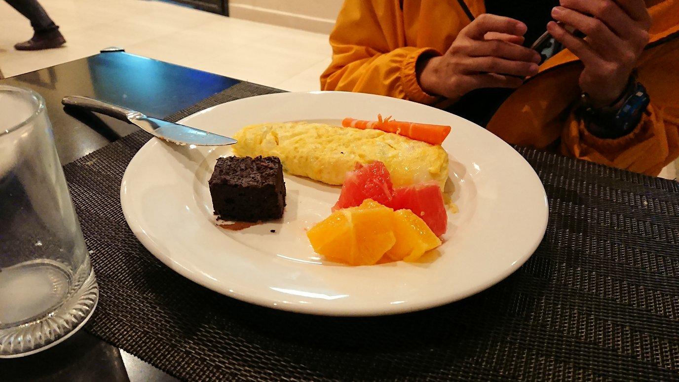 マラケシュのアダムパークホテルにて朝食バイキングで朝食を食べますよ8
