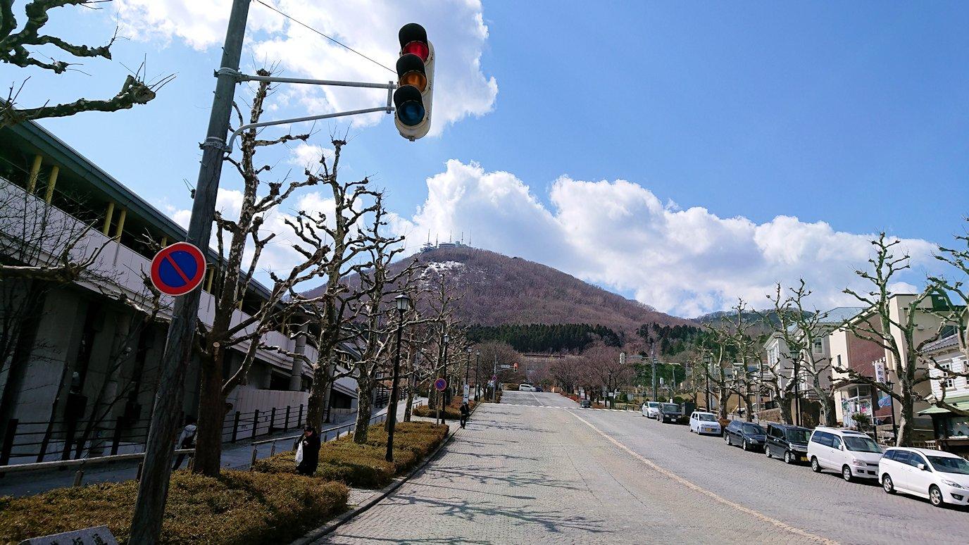 函館市内で人気のスイーツ店「アンジェリック ヴォヤージュ」を訪問しマンゴークレープを食べる8