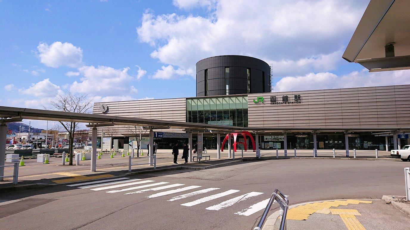 函館市内で空港に向かうバスに乗る6