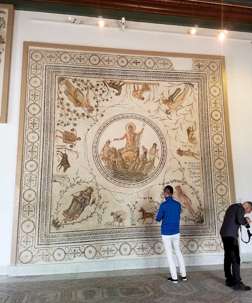 チュニスのバルドー博物館はモザイク作品で大きな作品を見学5