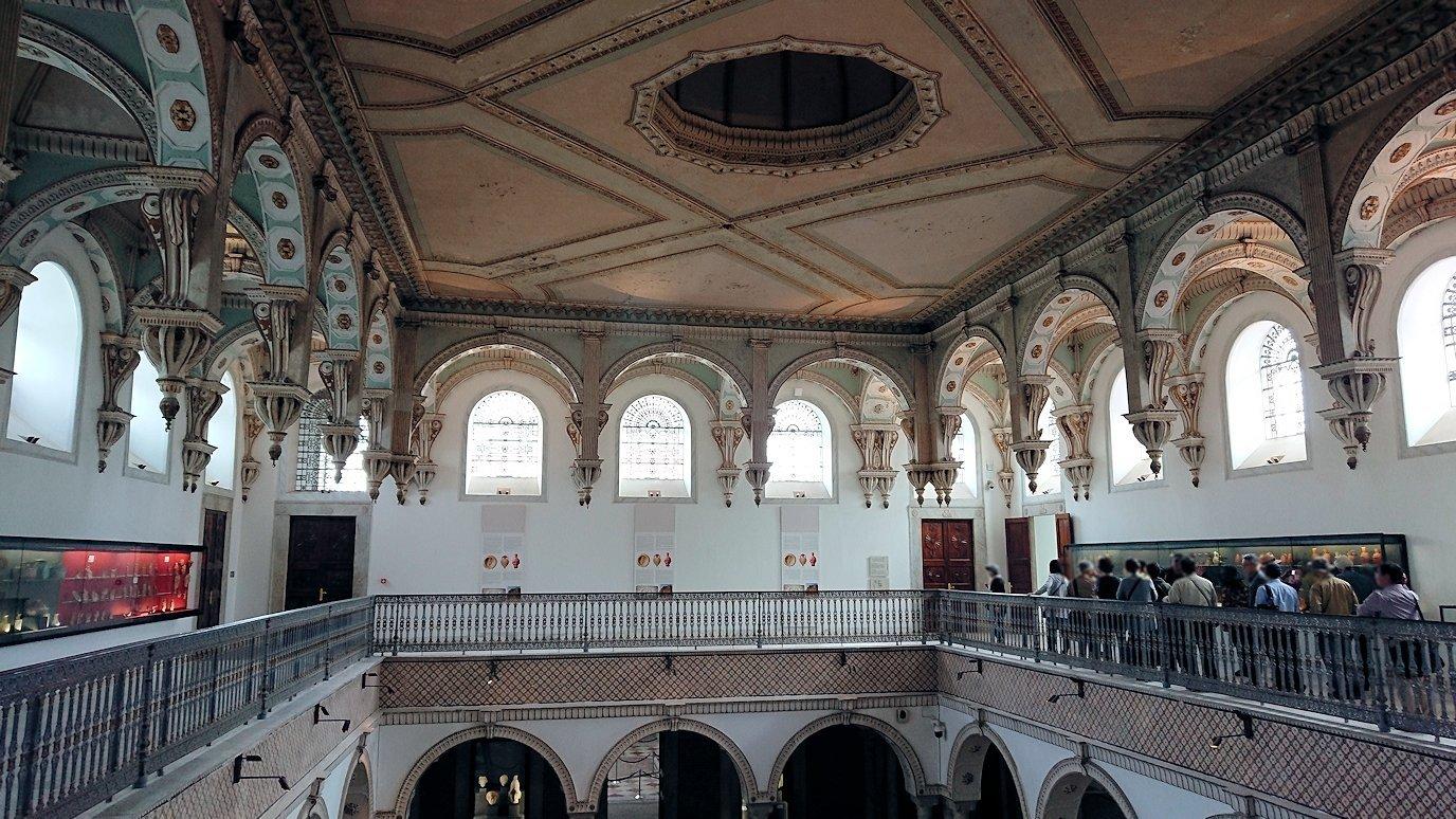 チュニスのバルドー博物館で2階も見所たっぷりで見学する様子4