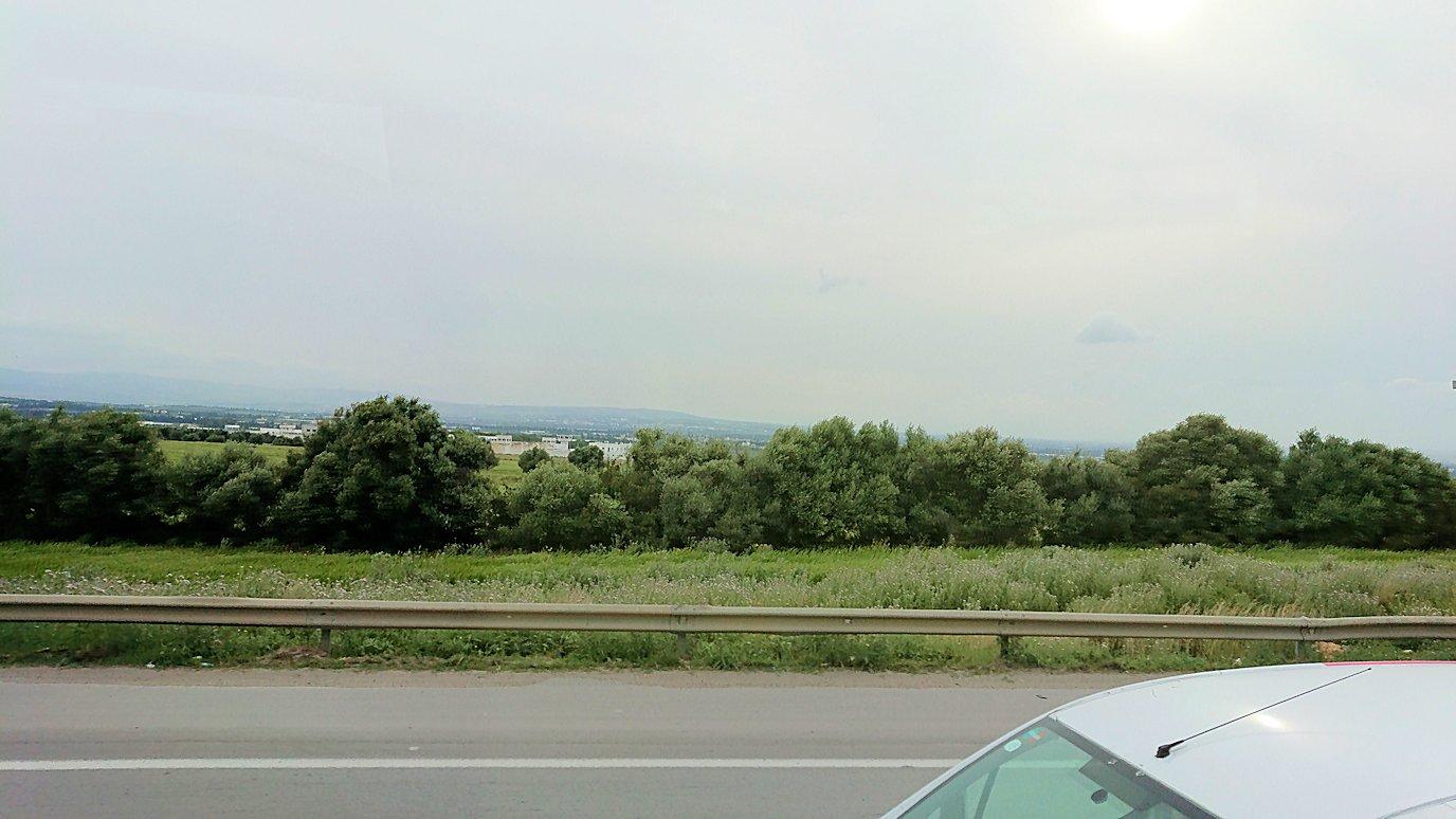チュニスのバルドー博物館を後にしてホテルに向かう途中の景色7