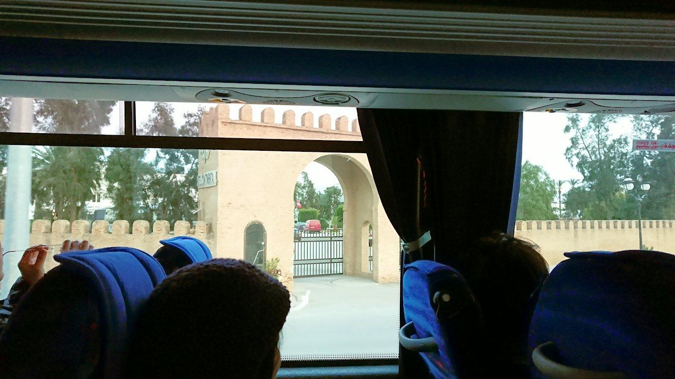 チュニスからケロアンのホテルに到着7