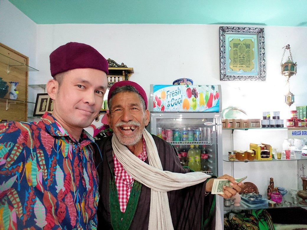 チュニジアのホテル:コンチネンタル(CONTINENTAL)を出て向かいの貯水池を見学しお土産を購入7