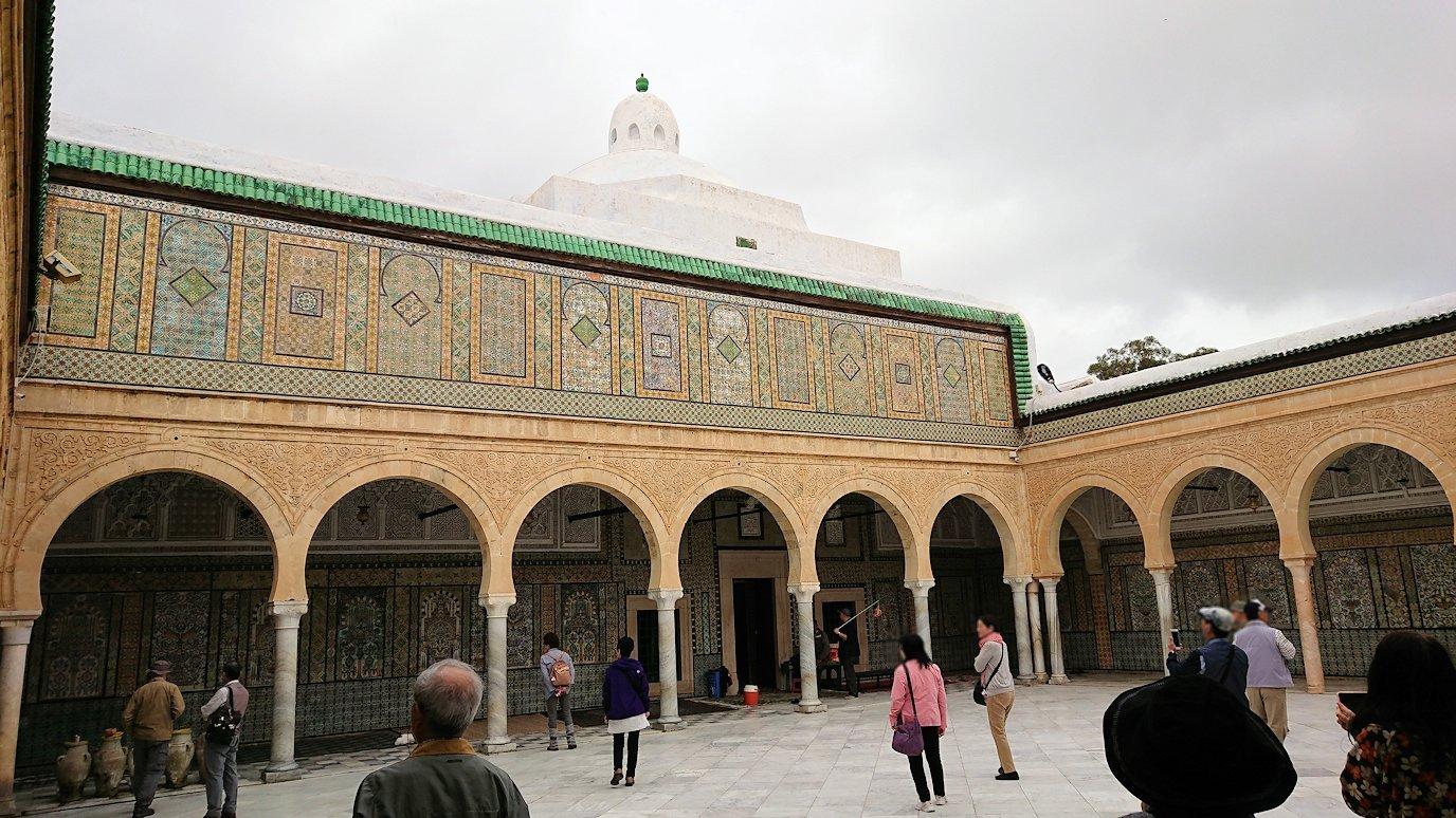 ケロアンのシディ・サハブ霊廟に中を散策4