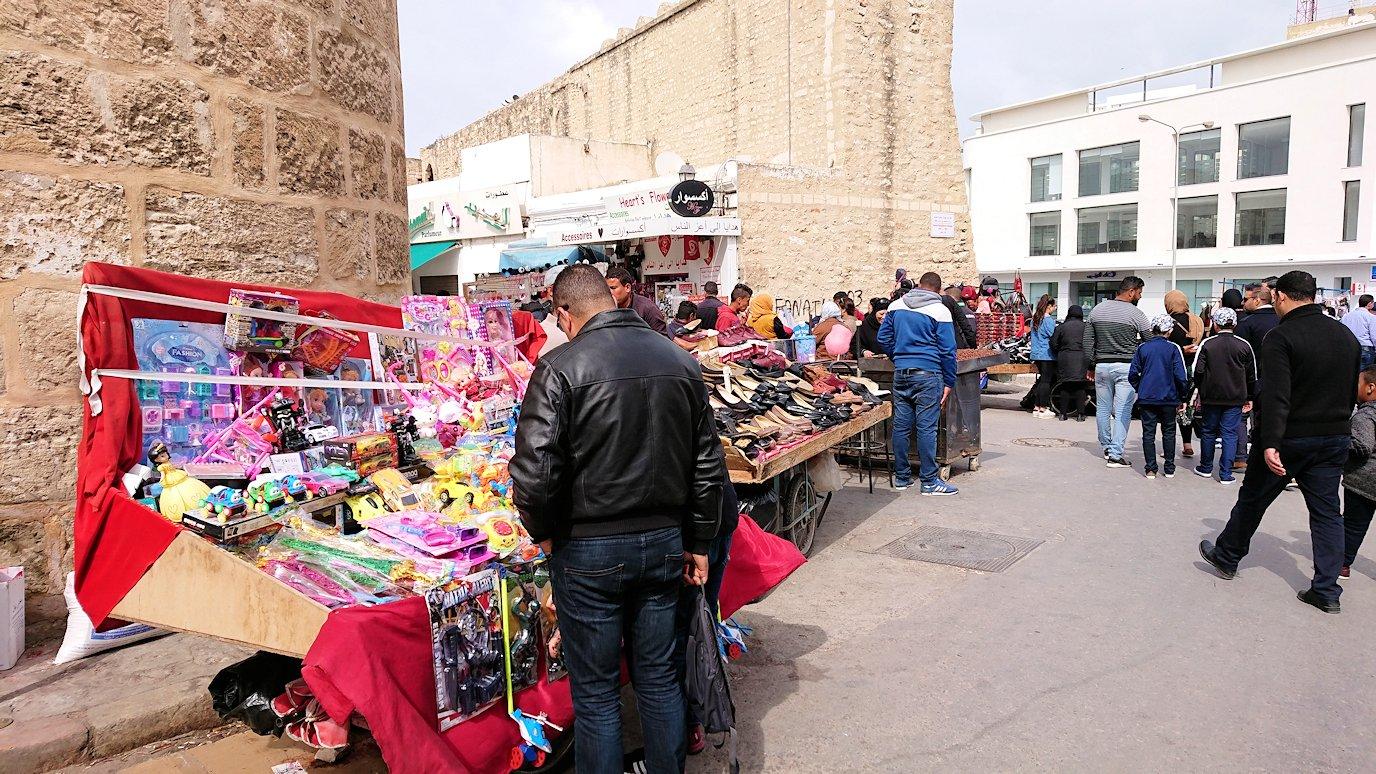 チュニジアのスースの街の旧市街を歩いて一周して見かけたものは5