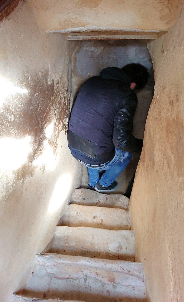 チュニジアのスースの街の旧市街で自由時間にリバトの頂上に登る7
