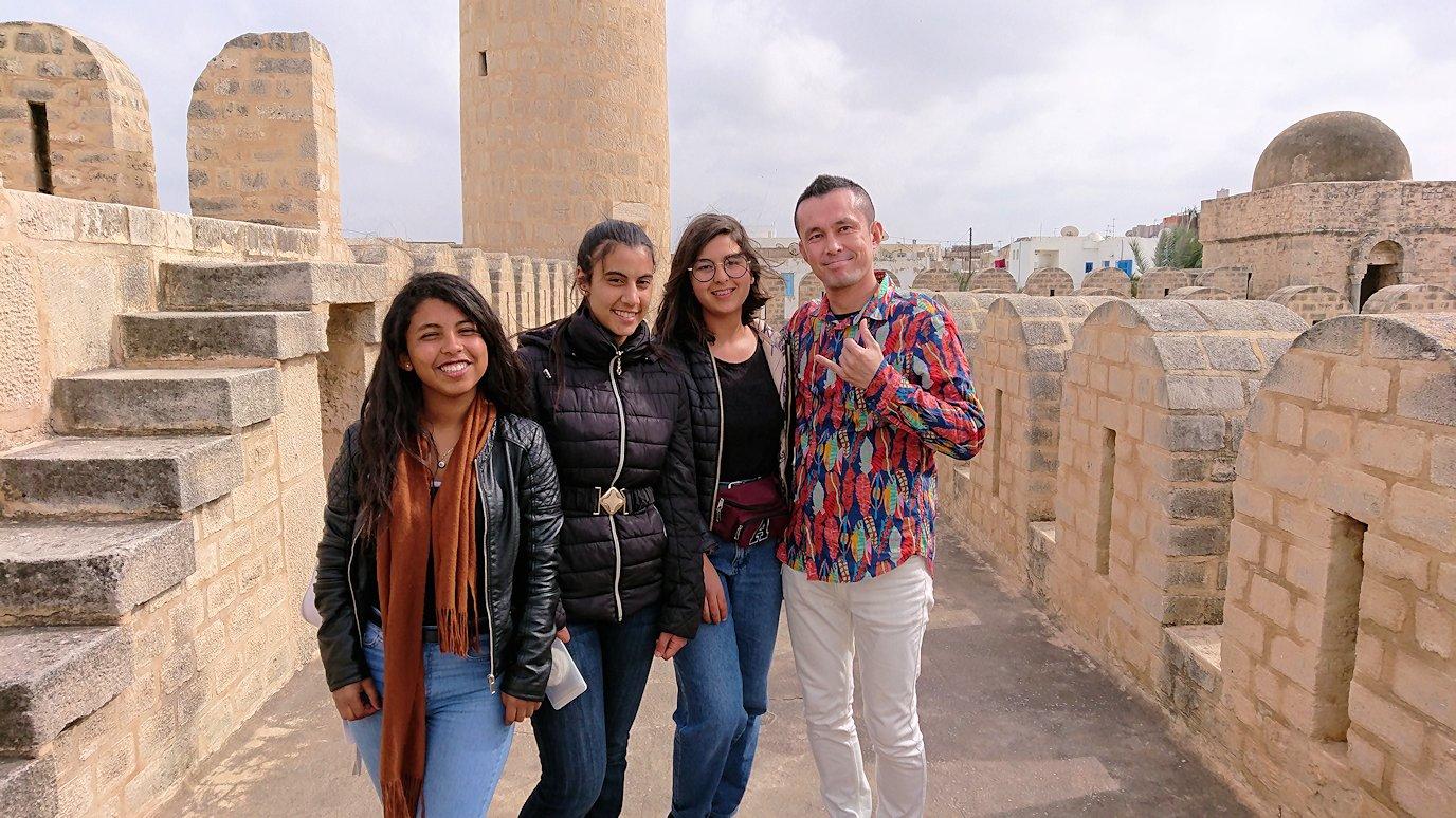 チュニジアのスースの街の旧市街で自由時間にリバトの様子3