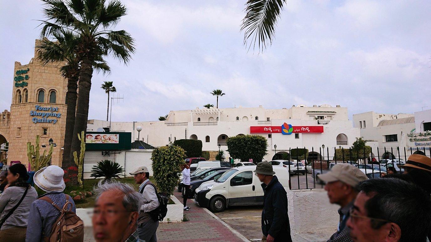 チュニジアのポートエルカンタウィに到着8