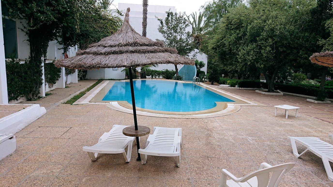 チュニジアのスースの街にある「マルハバ ロイヤル サレム」ホテル内を散策する1