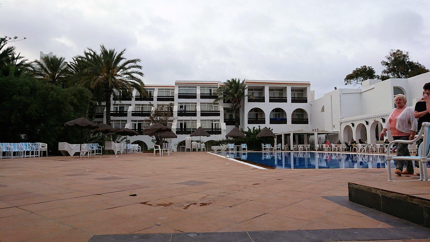 チュニジアのスースの街にある「マルハバ ロイヤル サレム」ホテル内を散策する4
