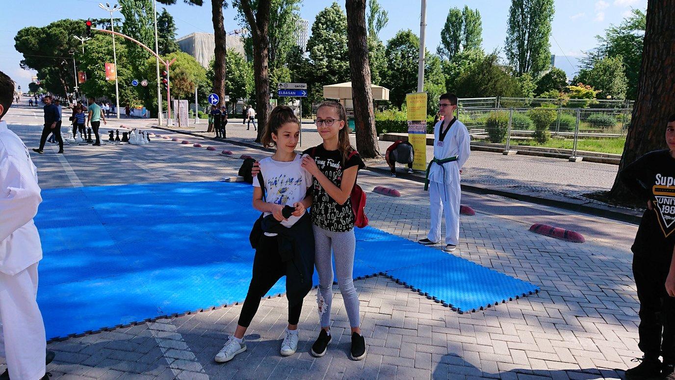 アルバニアで首都ティラナで子供の日イベント通りでみたもの7