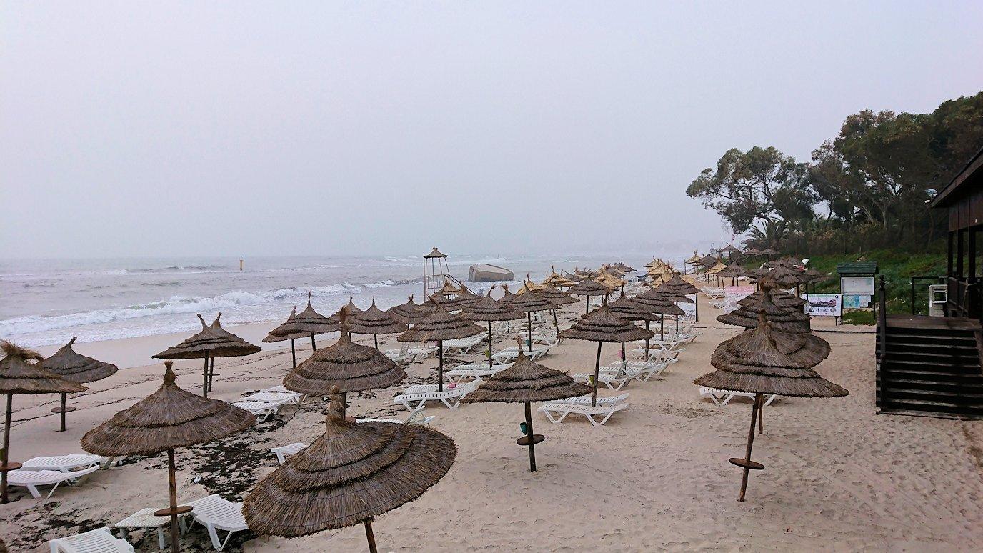 チュニジア:スースのホテルの砂浜で朝日を・・・5