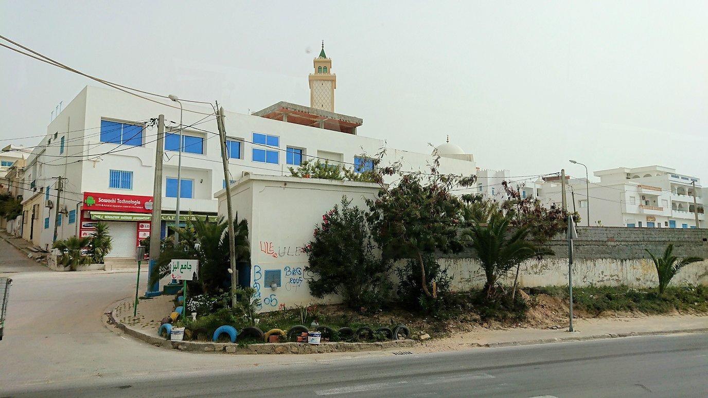 チュニジア:スースからナブールの街まで移動8