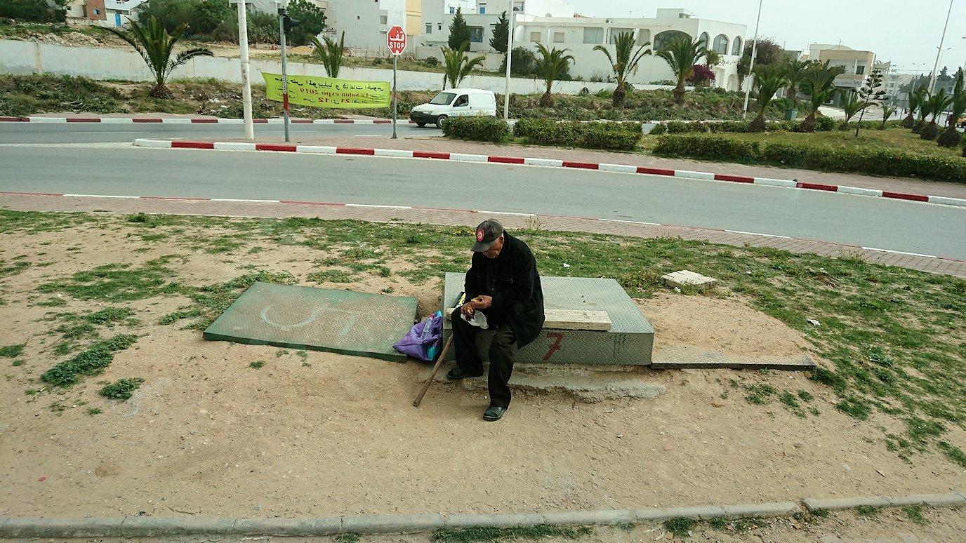 チュニジア:スースからナブールの街まで移動する途中の景色1