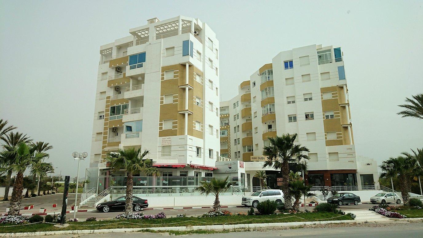 チュニジア:スースからナブールの街まで移動する途中の景色6