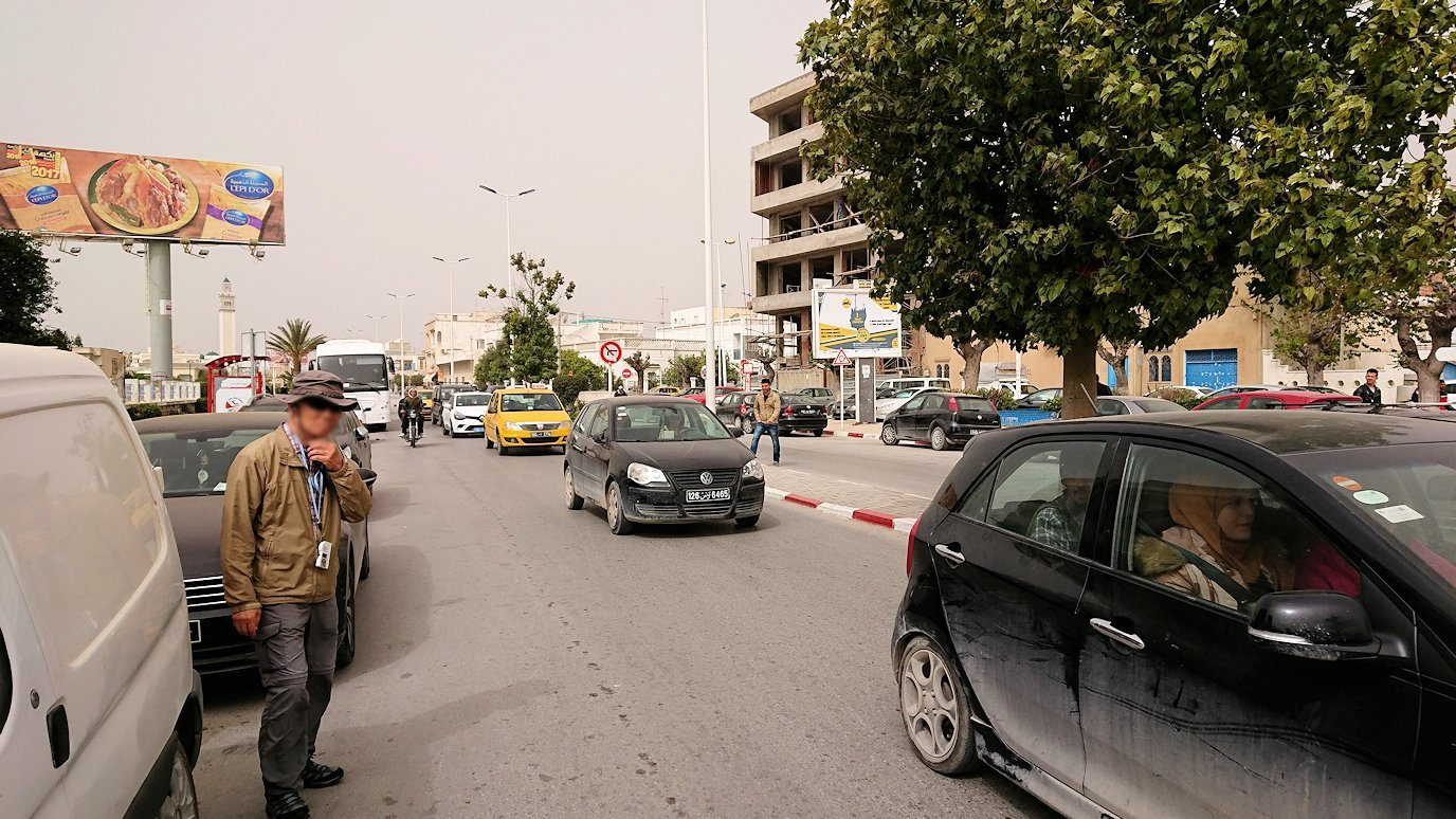 チュニジア:ナブールの街の陶器屋さんから中心街へ移動5