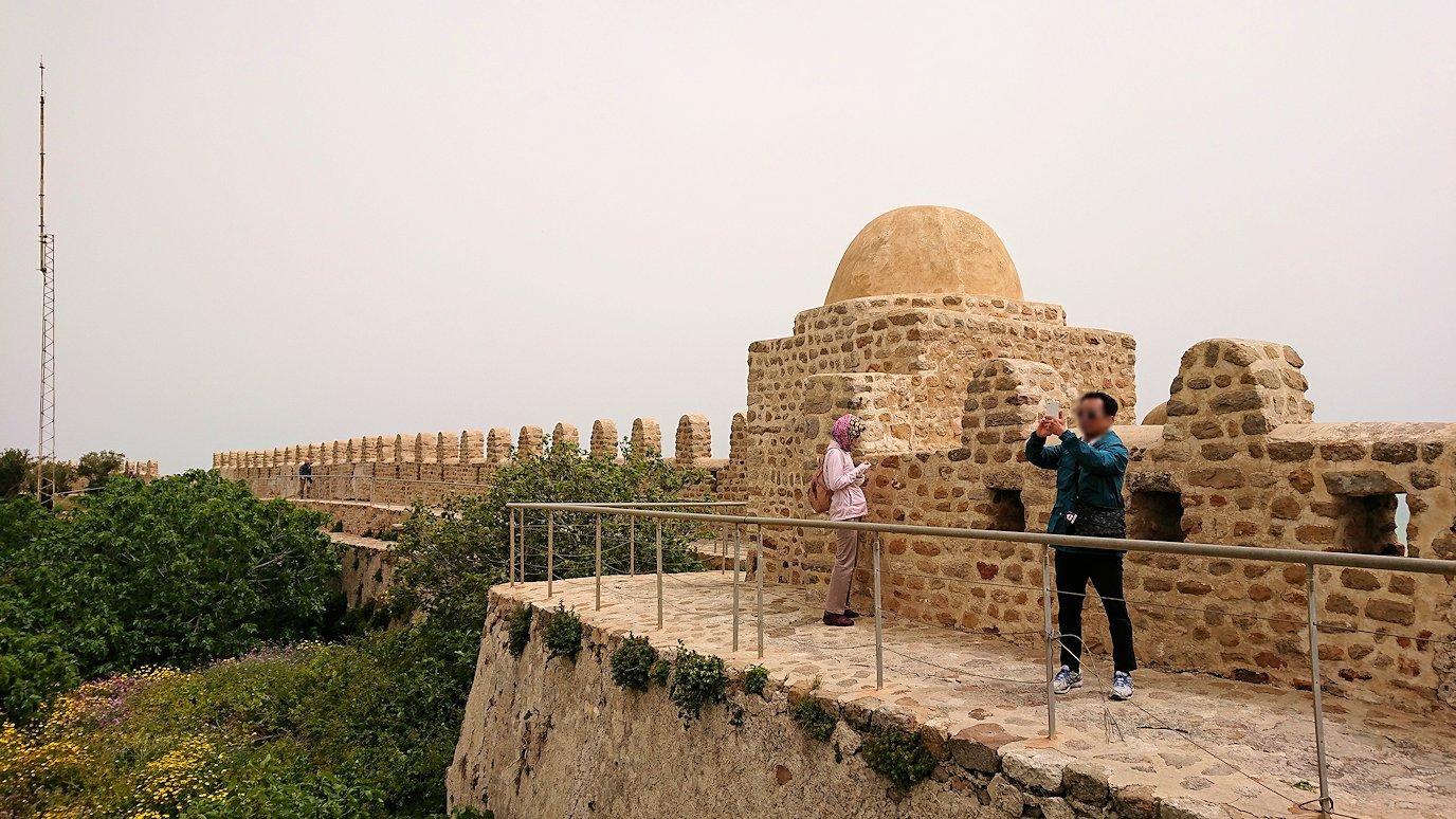 チュニジア:ケリビアの城塞内の様子は
