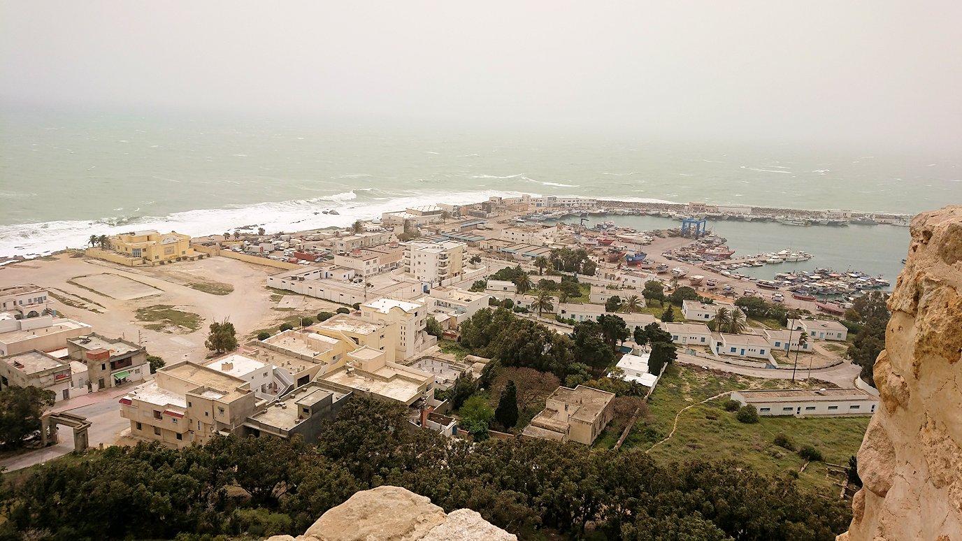 チュニジア:ケリビアの城塞内の様子は3