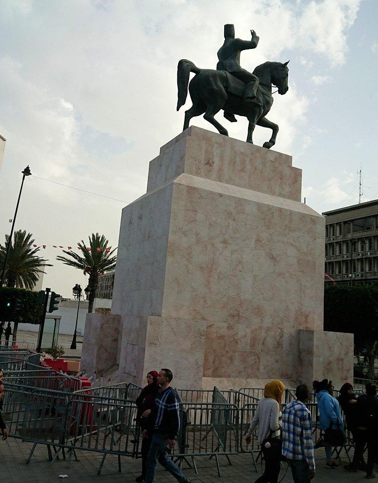 チュニジアのケルクアンからチュニスに移動する7