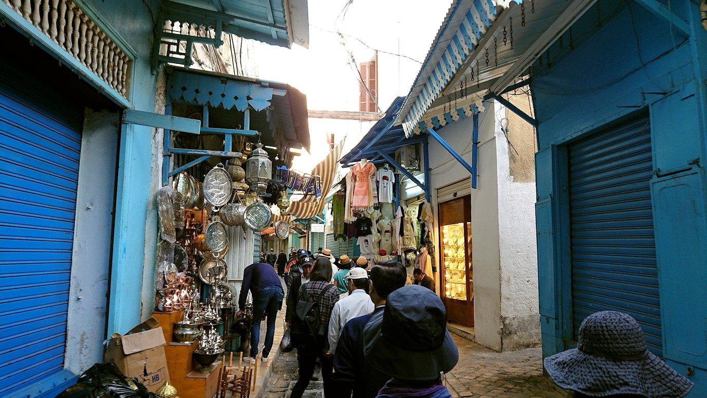 チュニジア:チュニスのメディナに入っていく9