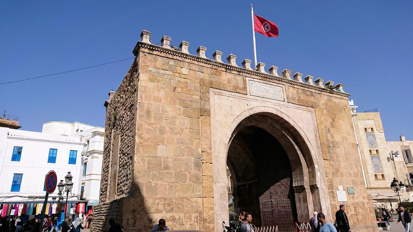 チュニジア:チュニスのメディナの観光を終了しホテルに戻る3