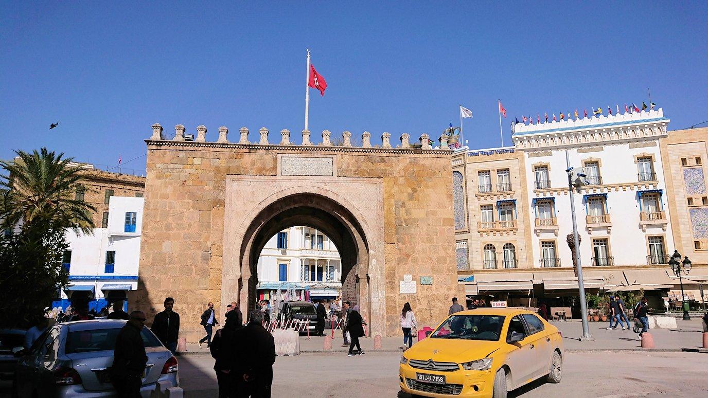 チュニジア:チュニスのメディナの観光を終了しホテルに戻る4