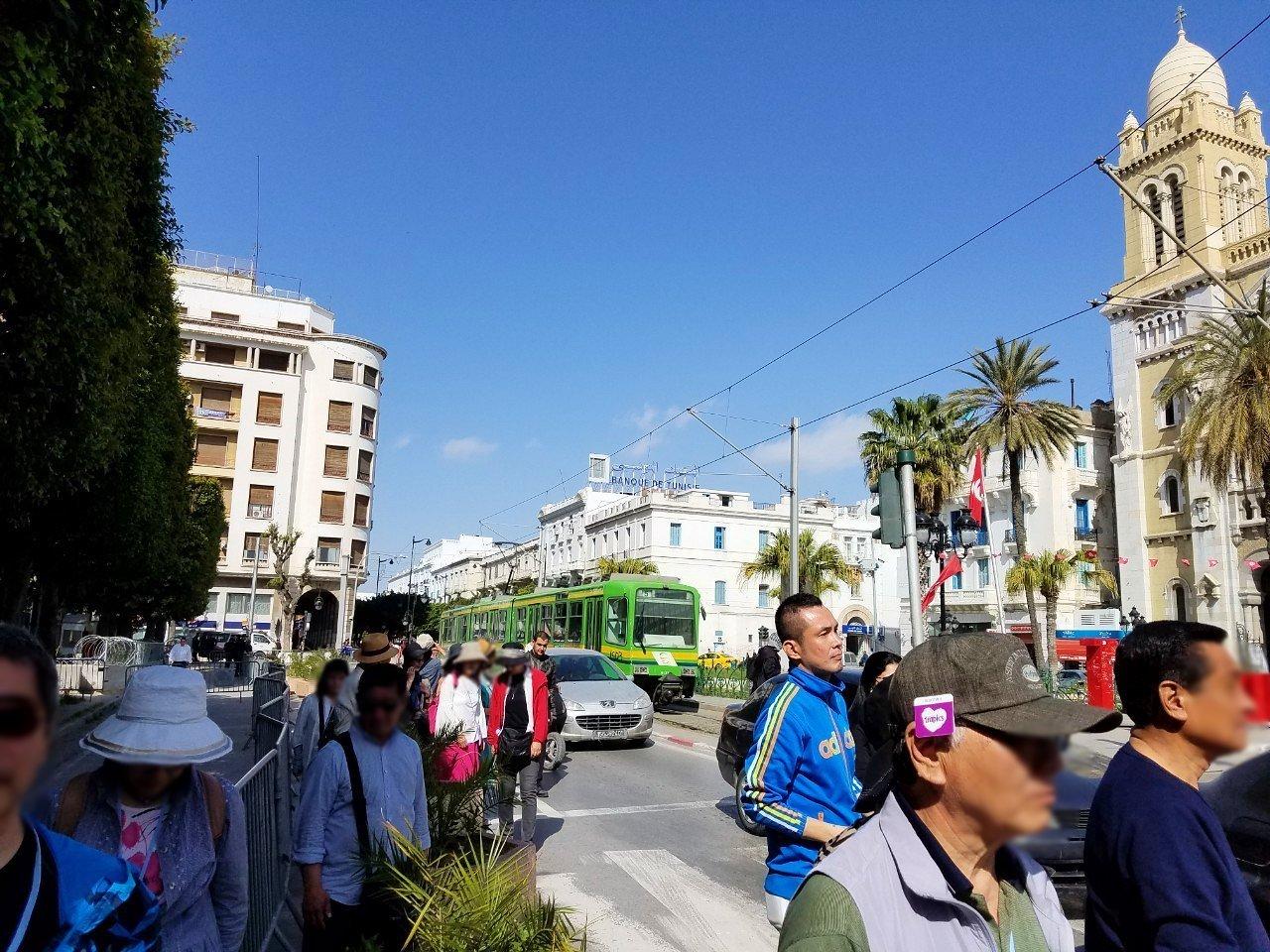 チュニジア:チュニスのメディナの観光を終了しホテルに戻る1