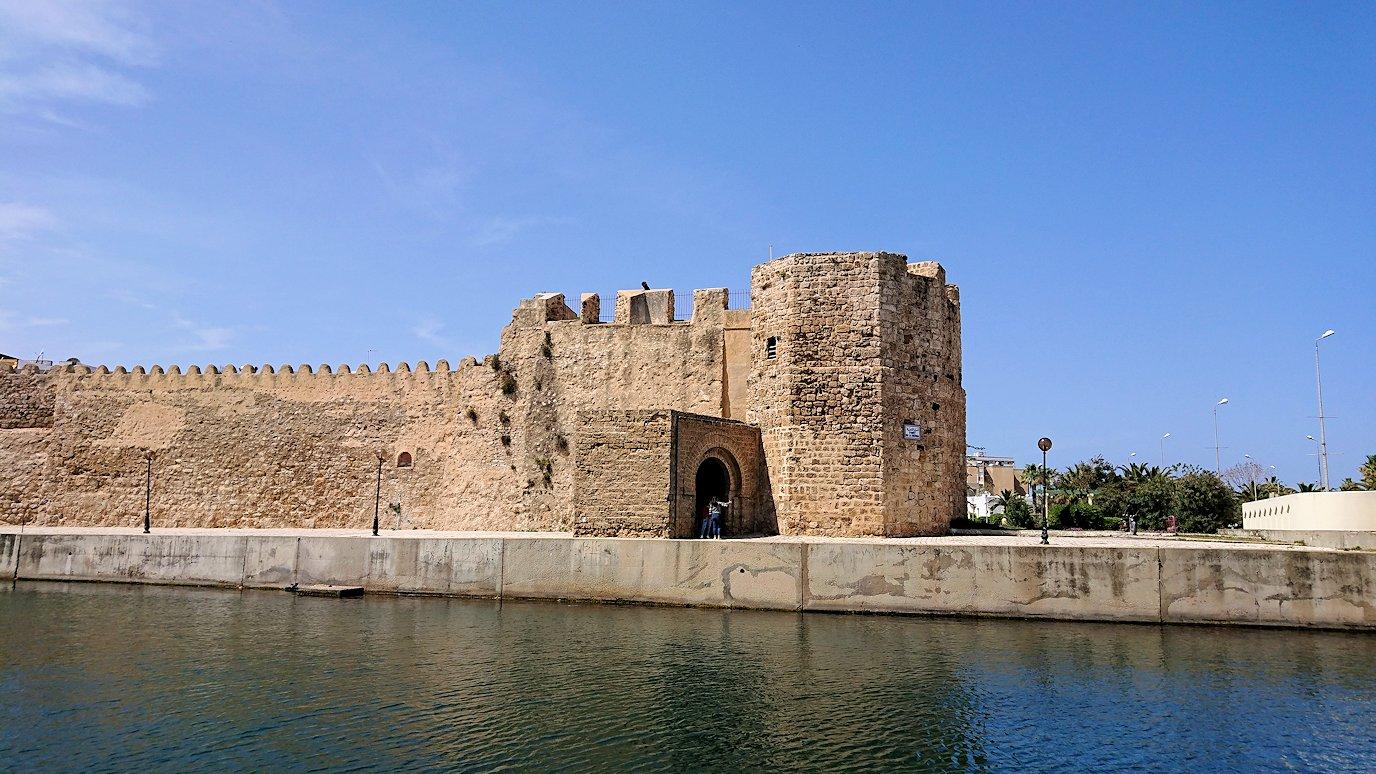 チュニジア:ビゼルトの街のカスバで8