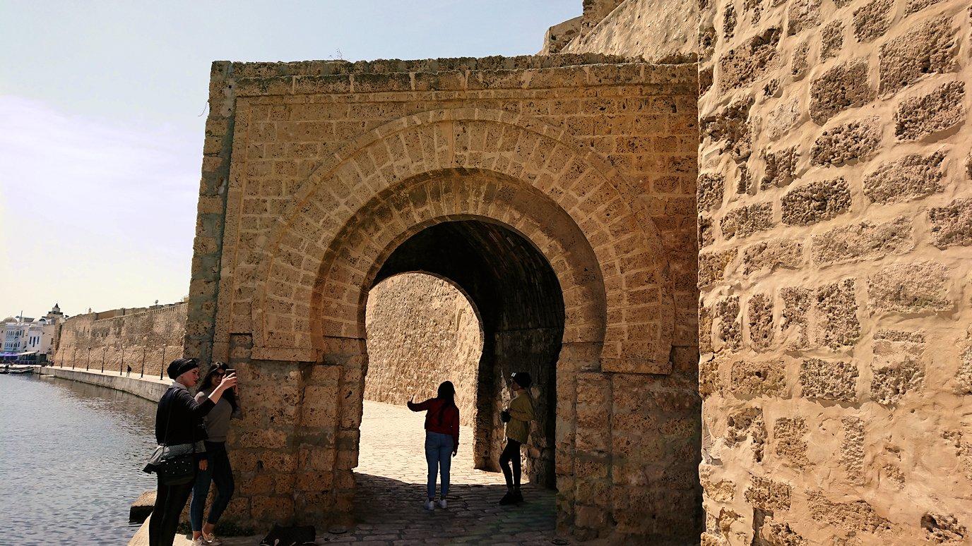 チュニジア:ビゼルトの街のカスバで5