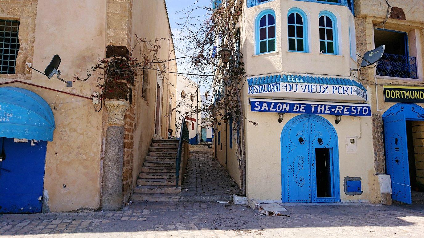 チュニジア:ビゼルトの街で旧港付近を散策2