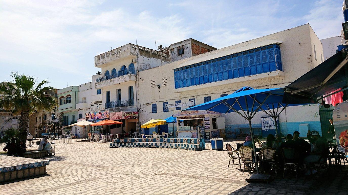 チュニジア:ビゼルトの街で旧港付近を散策7