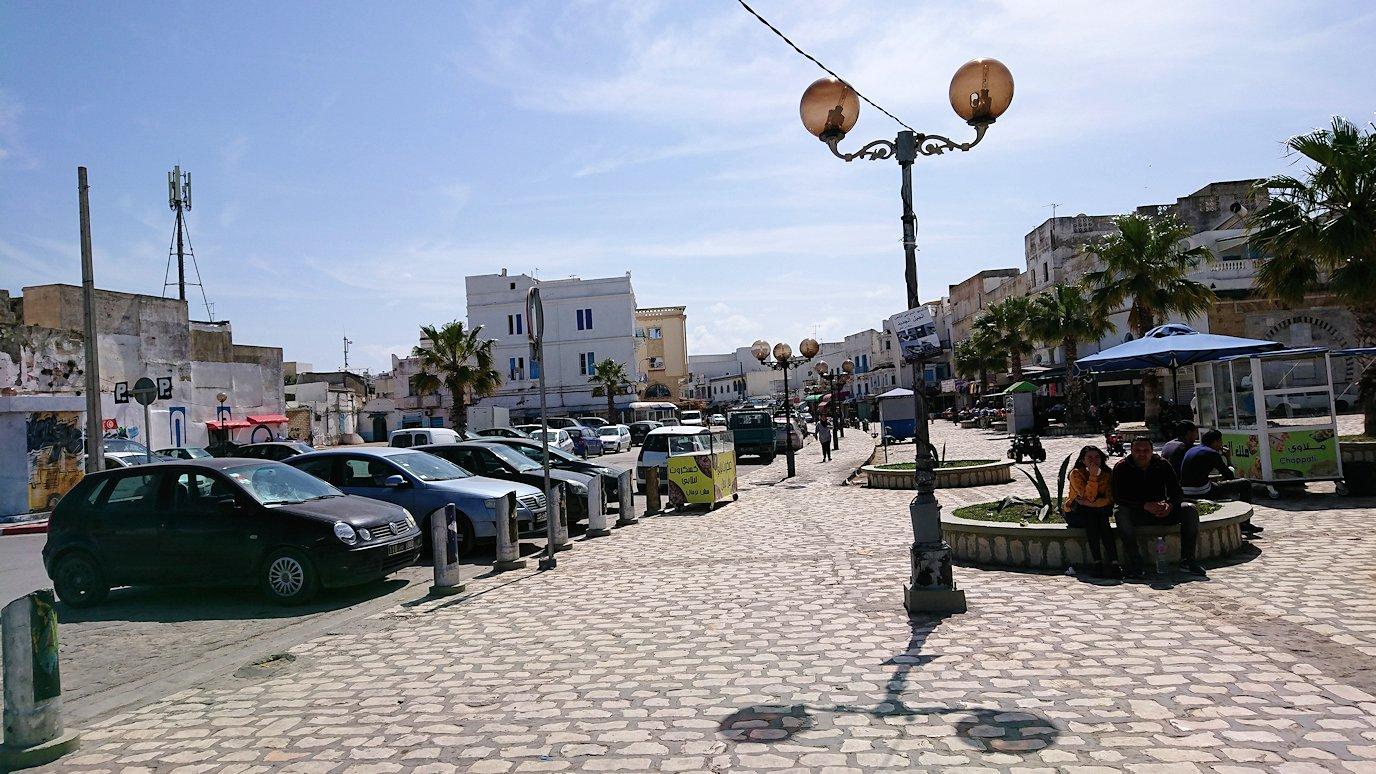 チュニジア:ビゼルトの街で旧港付近を散策9