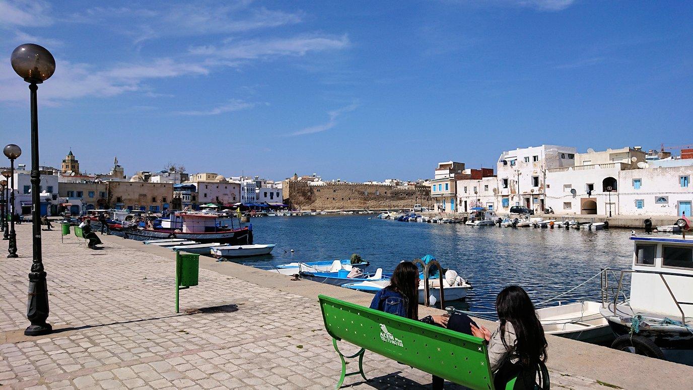 チュニジア:ビゼルトの街で旧港付近を回る3