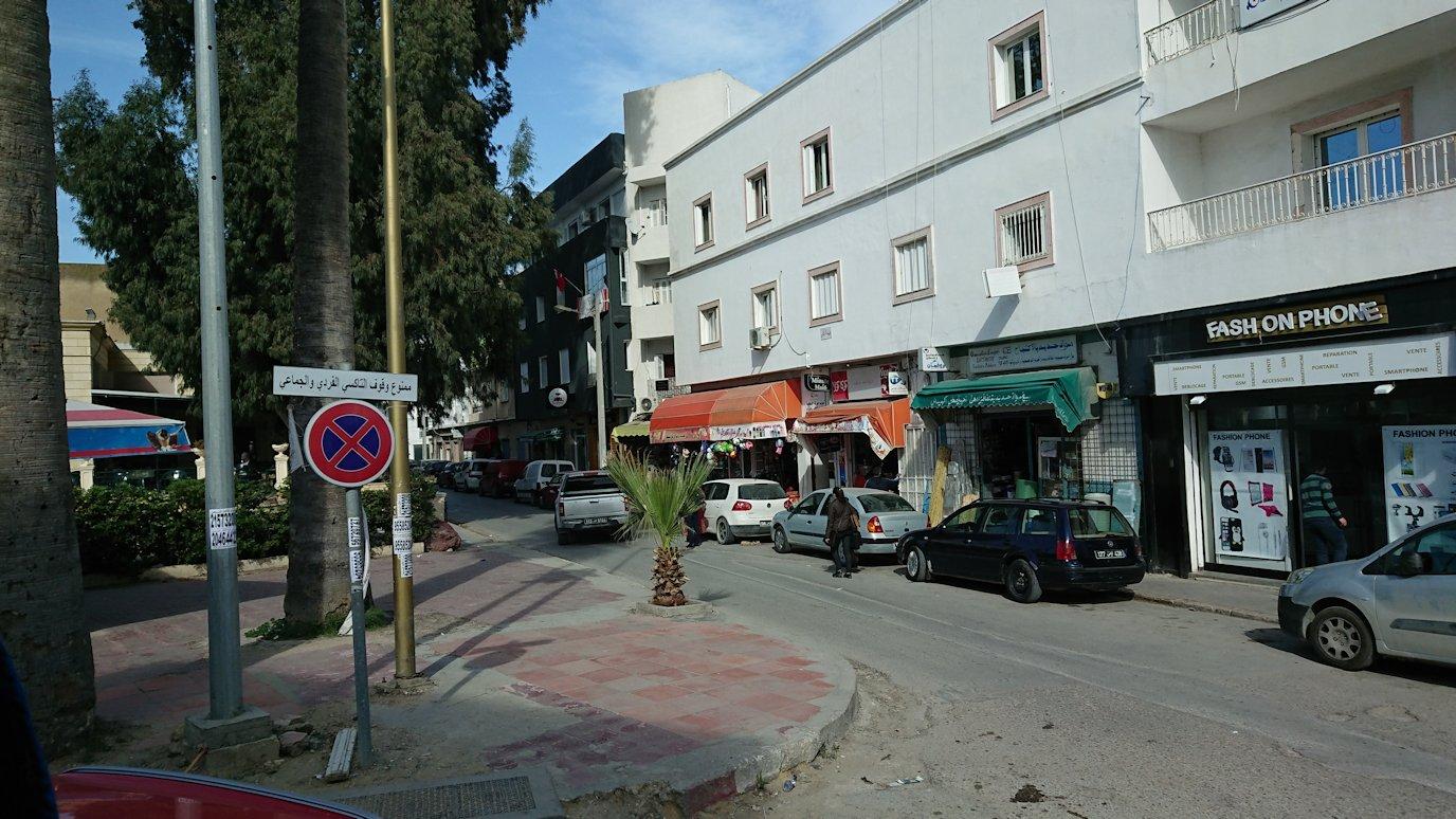 チュニジア:ビゼルトからシディ・ブ・サイドに向かう道中の景色7