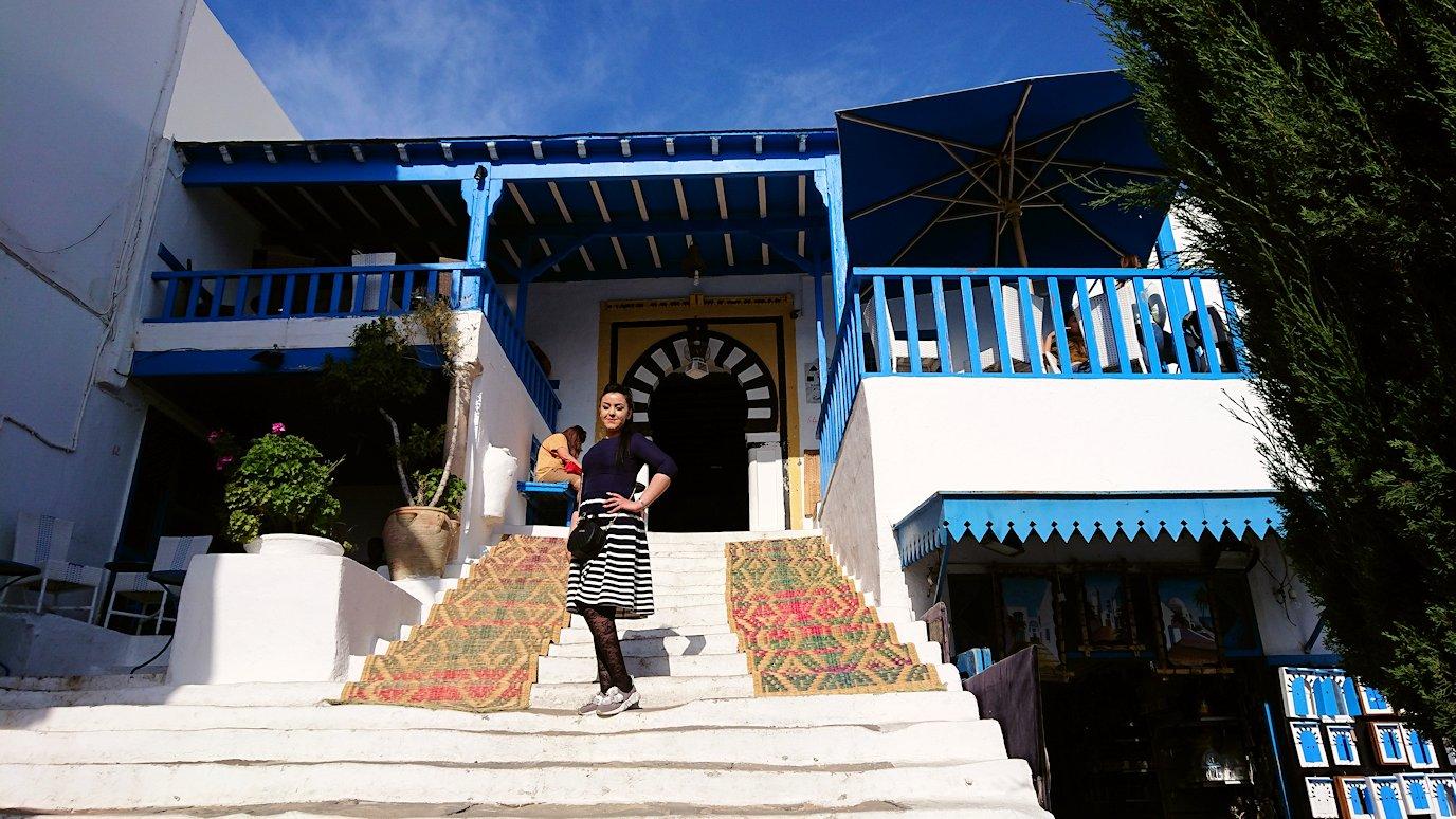 チュニジア:シディ・ブ・サイドの中心へ足を踏み入れる3