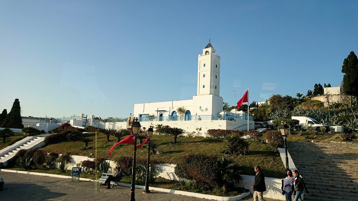 チュニジア:シディ・ブ・サイドでそろそろバスに戻る8